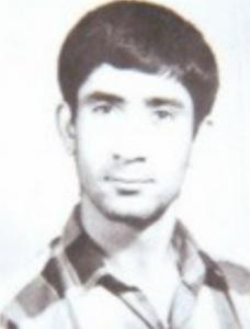 شهید منوچهر عوض زاده از رزمندگان طایفه مالکی ، دهستان فامور شهرستان کازرون